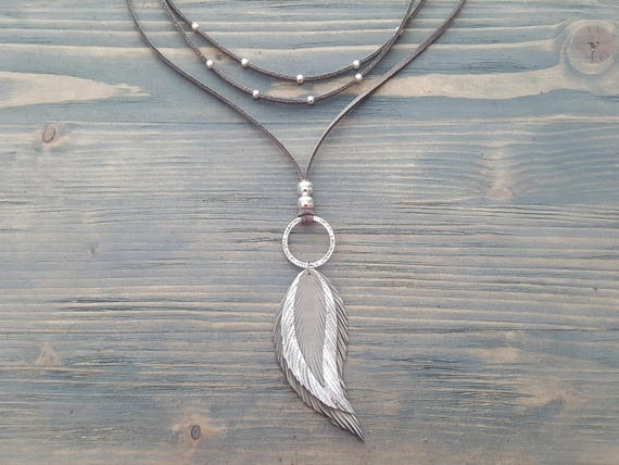 Grey Leather Feather Pendant Necklace. Bohemian Leather Necklace. Layered Wrap Necklace. Boho Choker Necklace. Leather Bohemian Jewelry.