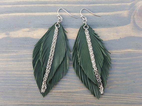 Green leather earrings. Leather feather earrings. Double feather earrings. Emerald green leather. Boho earrings. Bohemian dangle earrings.