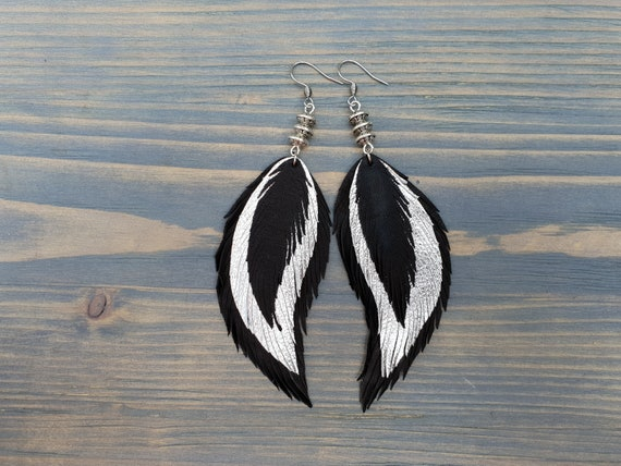Triple Feathers Earrings, Boho Jewelry, Boho Chic Earrings, Leather Feather Earrings, Leather Earrings, Boho Earrings, Gift For Her