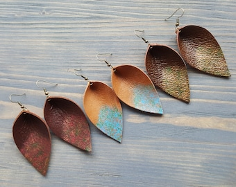 Leather leaf earrings. Boho earrings. Lightweight earrings. Bohemian earrings. Boho Jewelry. Drop earrings. Brown leather earrings.