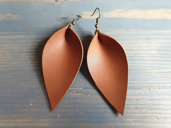 Tan Leather Earrings, Large Leaf Earrings, Leather Leaf Earrings, Western Earrings, Boho Earrings, Leather Jewelry, Boho Jewelry Handmade