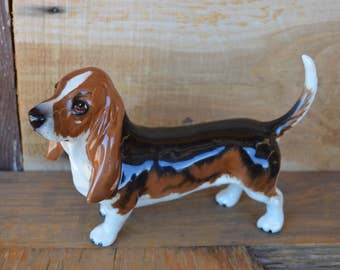 Vintage Beswick Basset Hound Dog Figurine with Beautiful Soulful Brown Eyes. Made in England. You ain't nothin' like a hound dog!