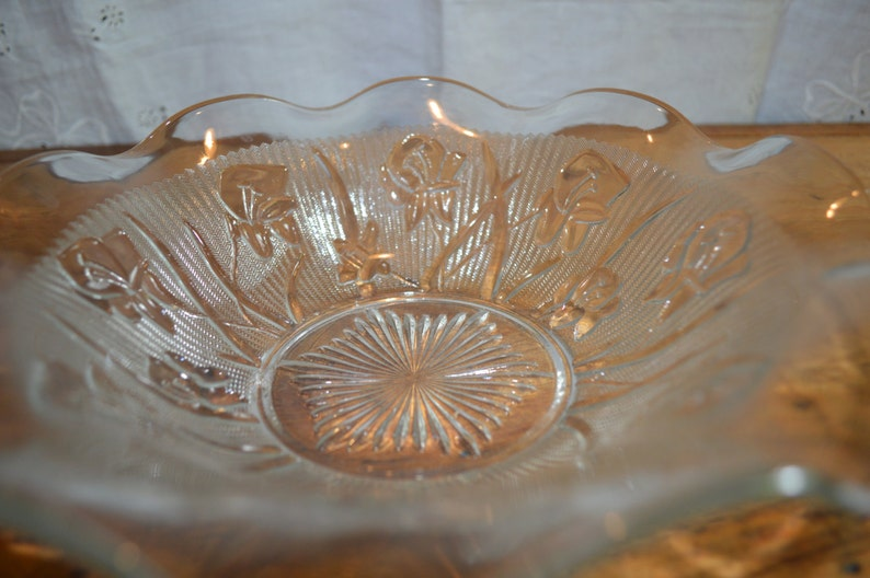 Lovely Vintage DEPRESSION Glass BOWL. Clear IRIS Pattern ...