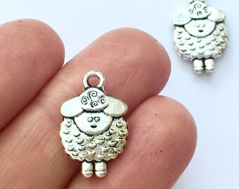 BULK 50 Sheep charms antique gold tone GC308