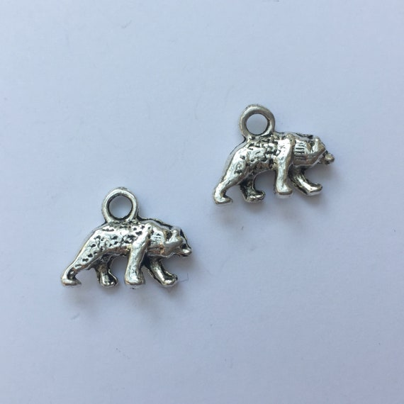 10 Polar bear spacer beads antique silver tone A195