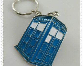 Doctor Who / TARDIS Enameled Key Chain