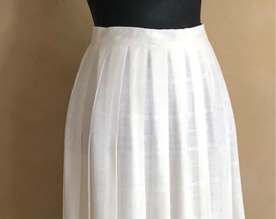 Vintage 70's Pleated Skirt - Color off white - Basket Weave