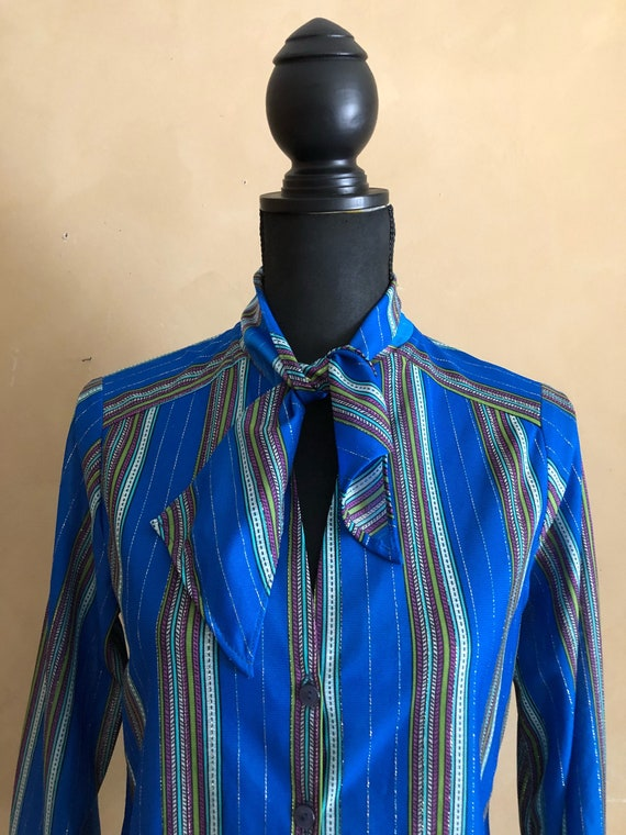 Vintage 70's Bow collar blouse with metallic striped pattern