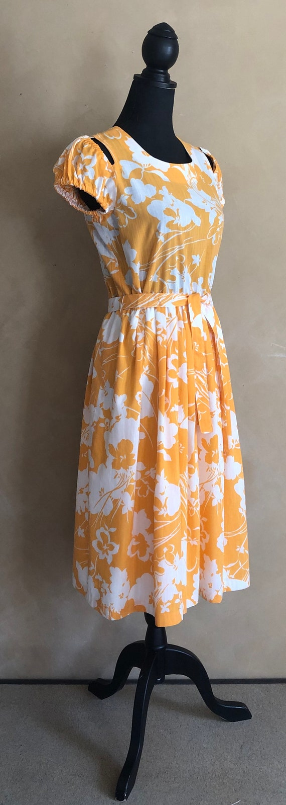 Vintage 70's Marigold  Yellow Floral Dress - image 4
