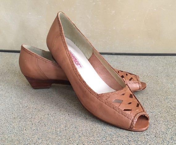Vintage 70's Leather Slip on low wedge heel -  Westies- made in Brazil- 8 1/2 narrow