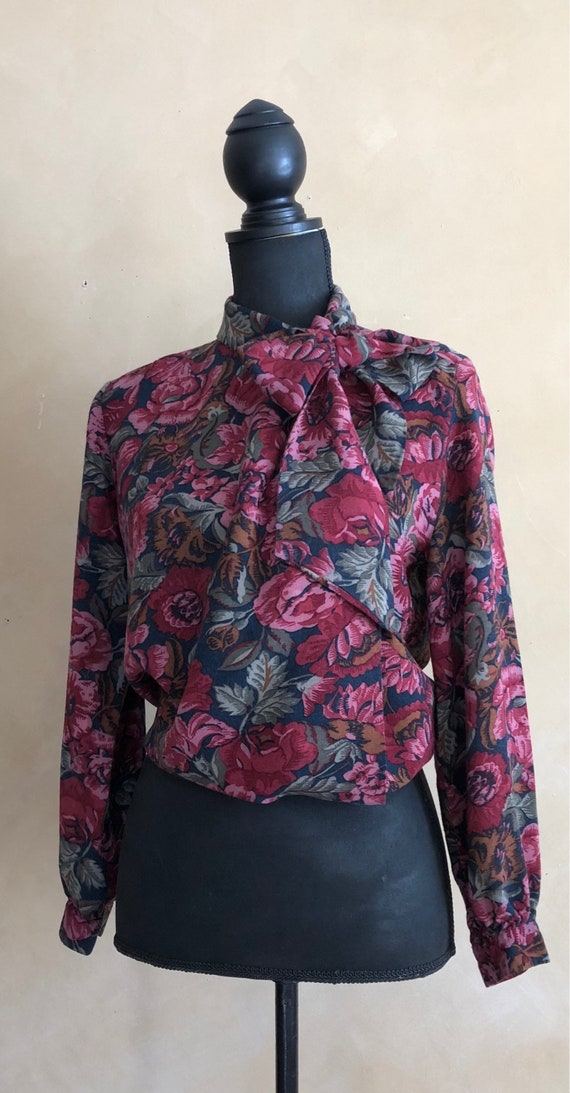 Vintage 70's Floral Rose Print Pussy Bow Blouse