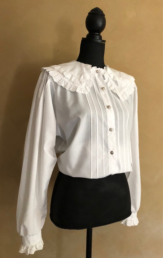 Vintage White Cotton Blouse Ruffled Collar 70/80's