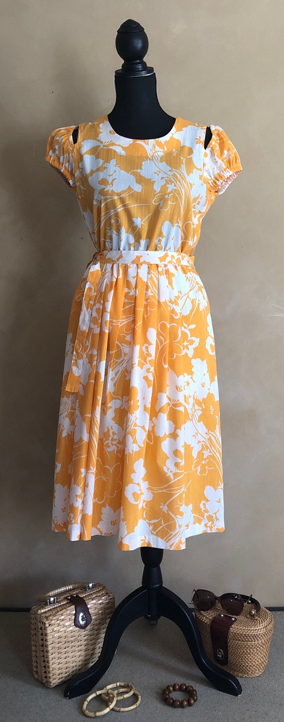 Vintage 70's Marigold  Yellow Floral Dress - image 9