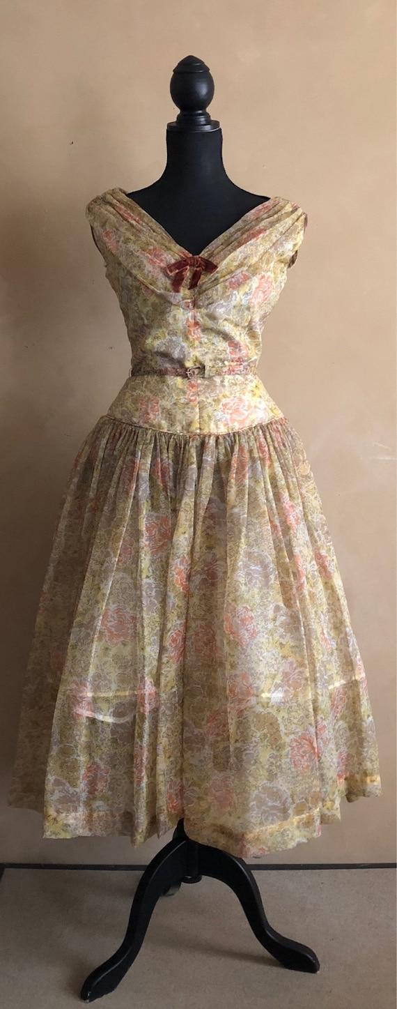 Lovely 50's Spring Floral Dress ~ Chiffon Spring Dress