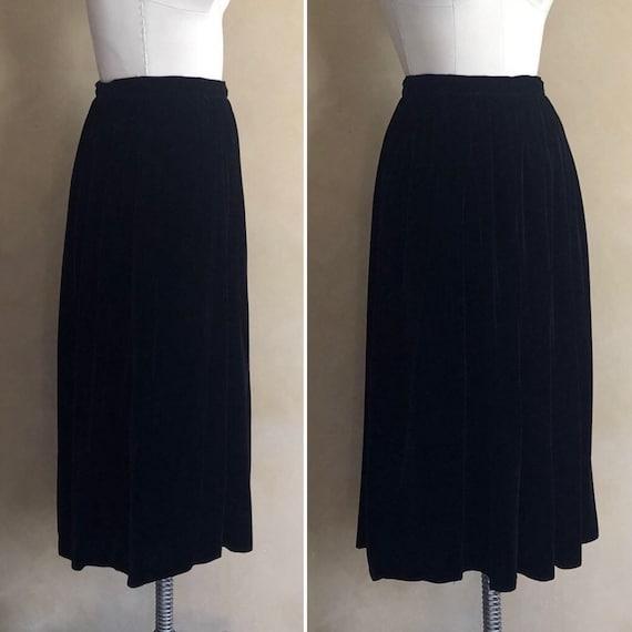 Vintage Black Velvet Skirt 1980's - label: Flora K