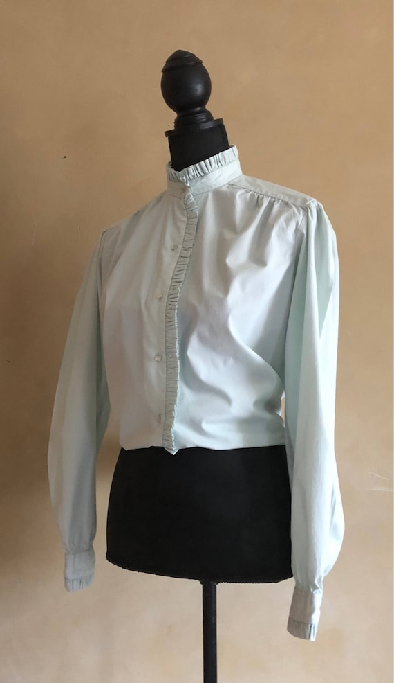 Ruffled Collar Blouse Vintage 1970's  mint green - Justin, LTD