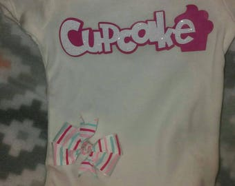 Baby girl 0-3month Cupcake shirt with hairbow