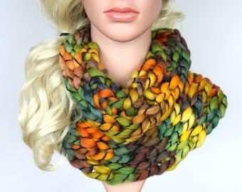 Chunky Wool Scarf Winter Scarves for Women Knit Scarf Women Knit Infinity Scarf Chunky Knit Scarf Cowl CHA Mothers Day Gift from daughter