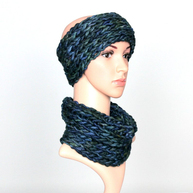 It/'ll be discontinued Hand knit headband and cowl scarf set made of merino wool Knitted winter set for women Dark Cobalt Blue LAST ONE 24
