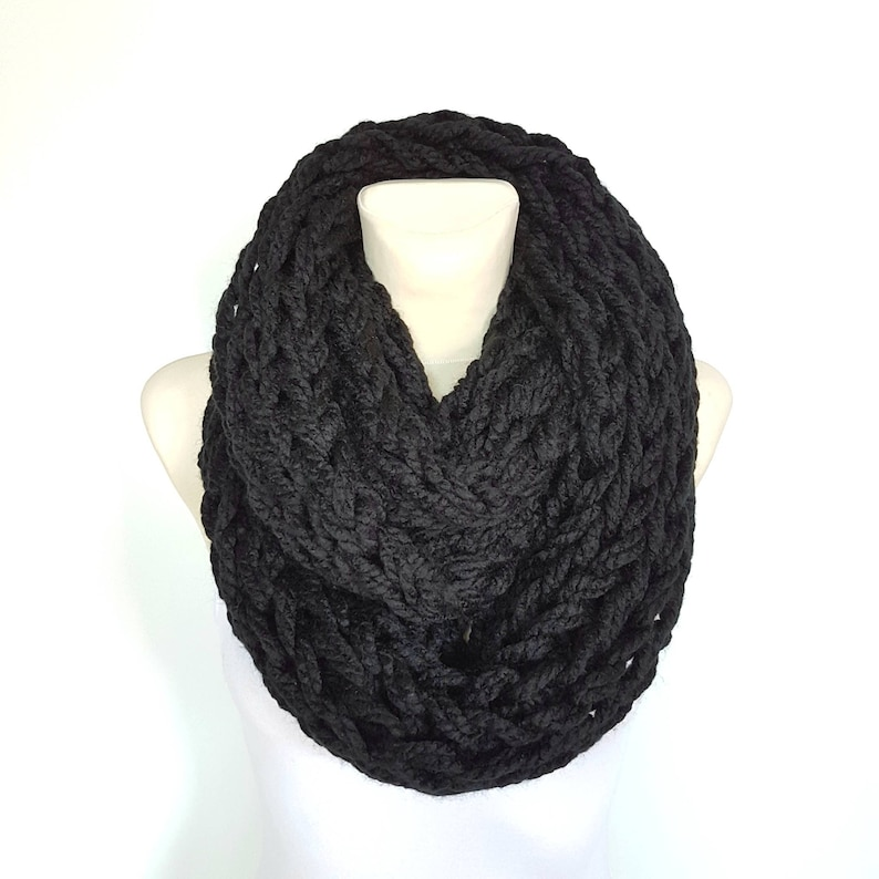 0b7b157c665 Chunky Hand Knit Infinity Scarf Black Snood Scarves Women Bulky Cowl  Knitted Loop Warm Circle Mothers Day Gift Mom Birthday Accessories