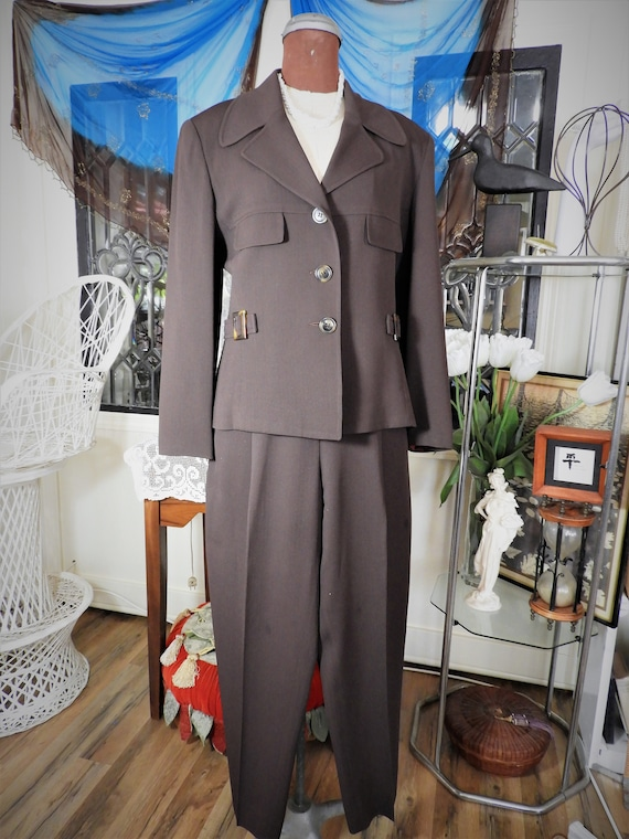 Vtg Ladies Pant Suit,Brown Polyester Suit,Pointed