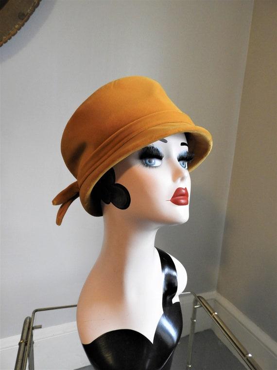 1930's Cloche Golden Rod Yellow Hat, Vtg Yellow Ve