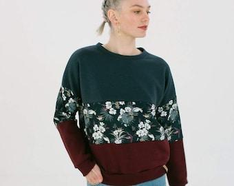 Sweater Mia dark winter flowers