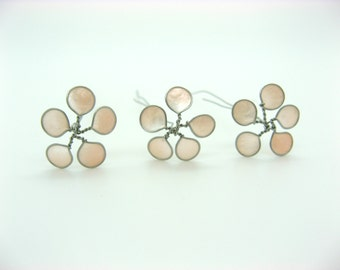 Small flowers hair, silver and Pink mother of Pearl, wedding hair accessories ceremonies x 6