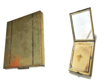 Pygmalion compact etsy pygmalion vintage compact damaged vintage compact 1950s gumiabroncs Gallery