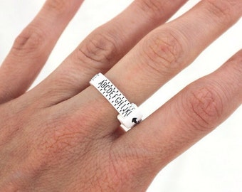 Adjustable ring sizer, UK ring sizer, adjustable UK measurement ring size tool, ring sizing tool, ring sizing strap