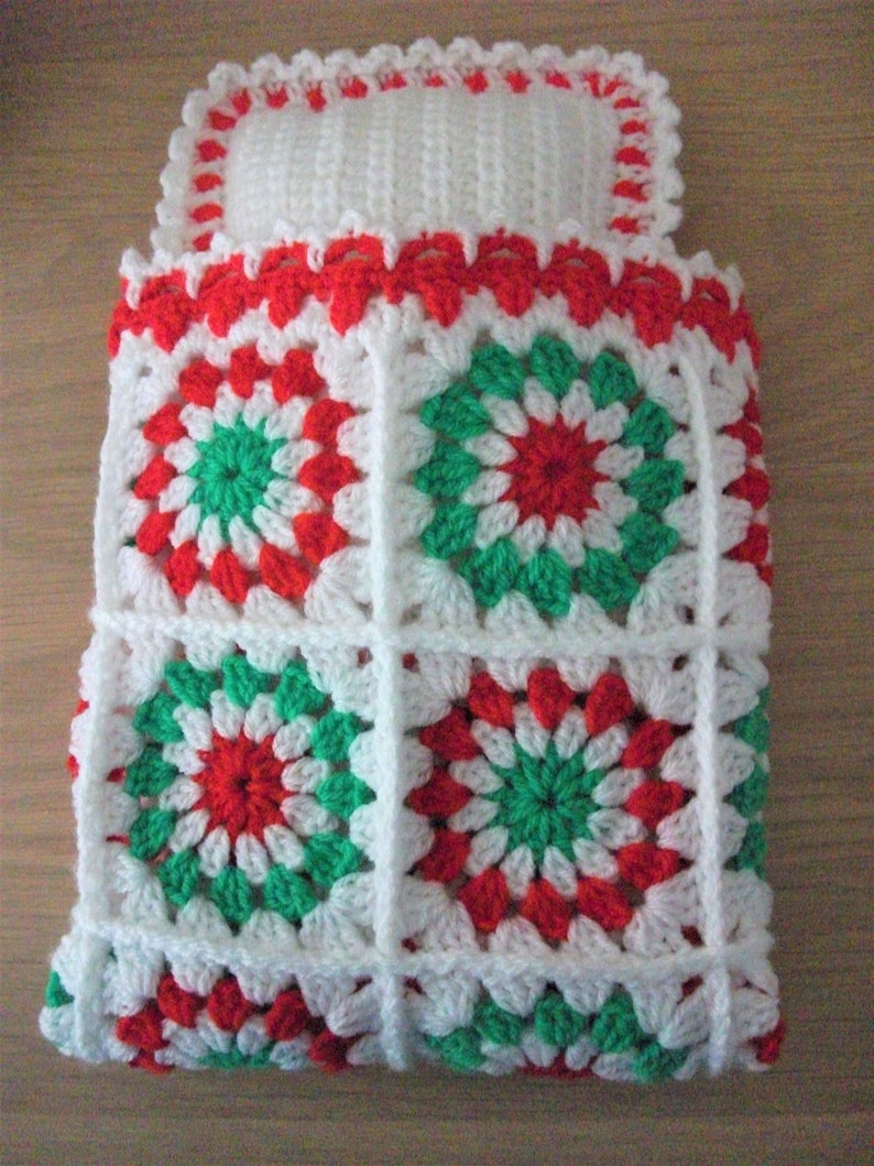 44db697c9 Crochet blanket and pillow for 14 dolls bed or pram.