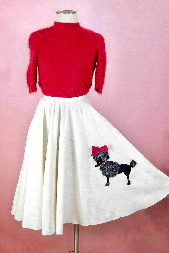 1950s Sassy Poodle Skirt