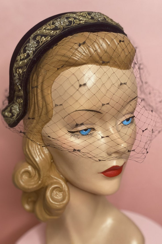 1950s High Fashion Schiaparelli Juliette Hat
