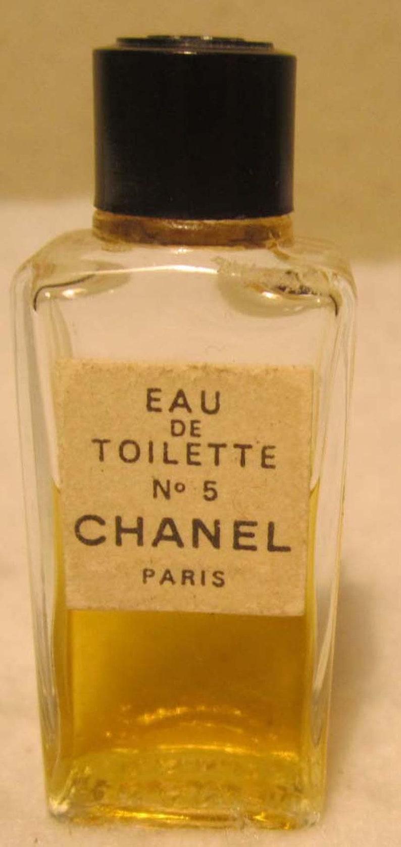 8a367a99 Vintage Splash Eau De Toilette No 5 Chanel Paris Miniature Bottle Black  Plastic Chanel Screw Top
