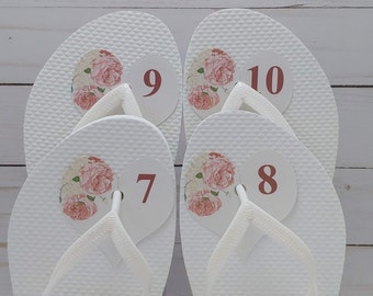 Size Tag for Flip Flops at Wedding, Easy, No Knot Tying, Customizable Heart Shaped Flip-Flop, thong sandal, flippies, number labels.