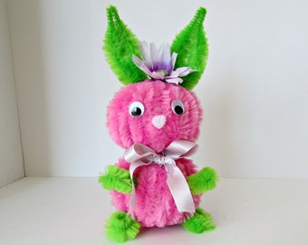 Vintage Style Kitsch Chenille Pipe Cleaner Bunny