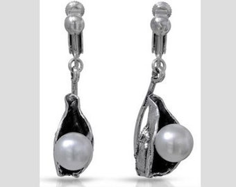 One of a kind genuine south sea pearl 925 sterling silver drop earrings.