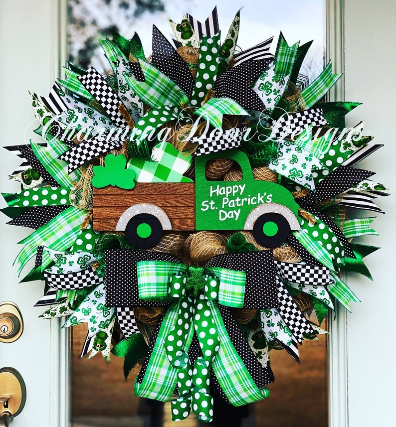 READY TO SHIP St. Patrick's Day Truck Mesh Wreath St. image 0