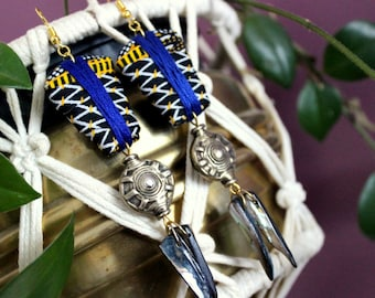 Chic ethnic earrings, wax fabric curls, black mother-of-pearl tip curls