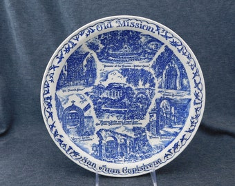 "Vintage Old Mission San Juan Capistrano California Souvenir Plate by Vernon Kilns - 10-3/8"" Dia - Blue, Fra. Serra, Old Mission Trading Post"