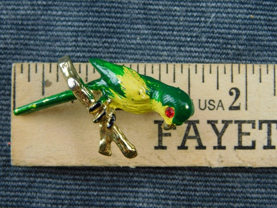 Green,Vintage Vintage Parrot Pin Brooch with Red Rhinestone Eyes Made in Taiwan 1-12 long Retro Nature Bird Yellow Gold Tone Fun