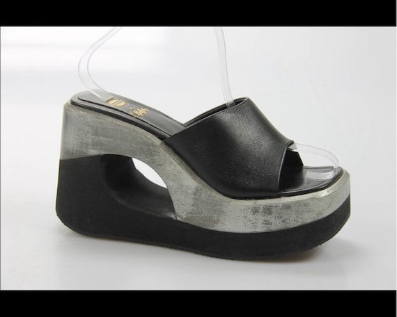 Buffalo London vintage silver black  platform mule