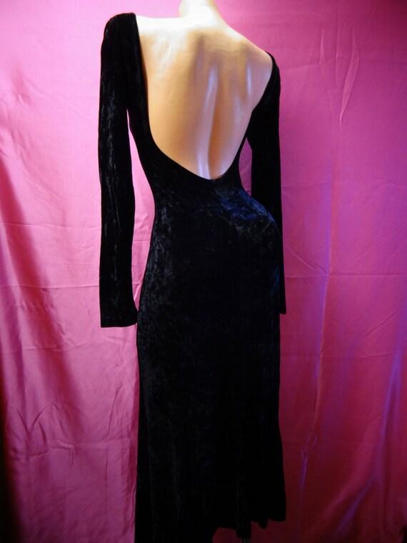 Betsey Johnson Black Velvet dress lowback V USA lo