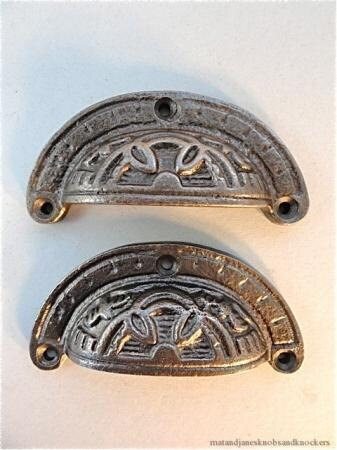 ANTIQUE STYLE SHELL CABINET DRAWER HANDLE CAST IRON PULL CUP HANDLE CH9