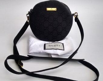 355cdb28dca GUCCI Bag. Gucci GG Supreme Vintage Monogram Black Round Shoulder    Crossbody   Clutch Bag. Italian designer purse. Tom Ford Era.