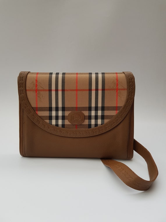BURBERRY Bag Hand muff. Burberrys Brown and Tan Check Tartan  f52bbe9744b5c
