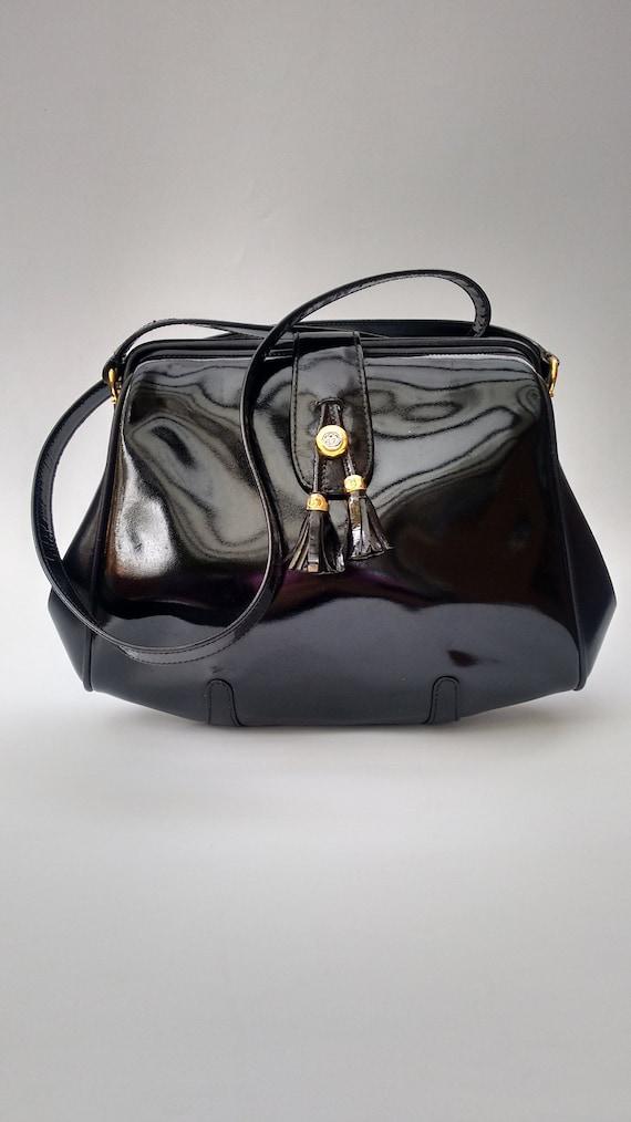 b04ba734ded10 GUCCI Bag. Gucci Vintage Black Patent Leather Shoulder Bag.