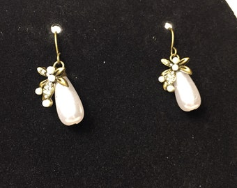 White Teardrop/Dragonfly accent Earrings