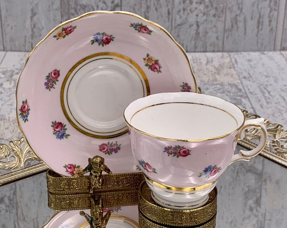 Vintage Teacup with Pink Roses Bone China footed Teacup