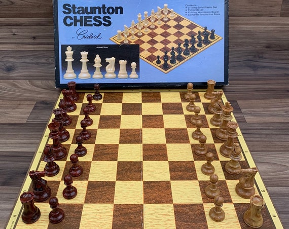 Vintage Chess Set, Staunton Chess Crisloid Collectors Chess